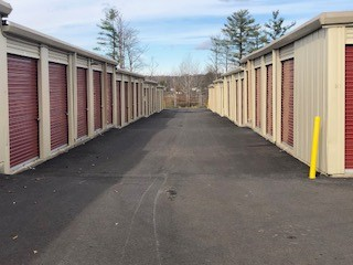 Moove In Middletown Outdoor Self Storage Units